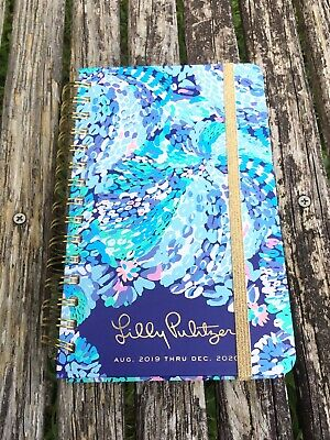 New Lilly Pulitzer Wave After Wave Medium 17 Month Agenda