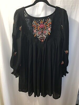 Free People Black Floral Embroidered Lon  Sleeve  Baby Doll Dress  Size Small