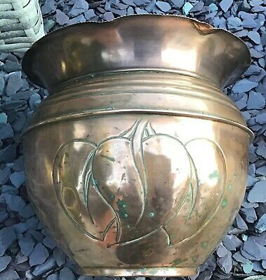 ARTS & CRAFTS  MOVEMENT, NOUVEAU COPPER JARDINIERE / PLANTER, foliage leaf