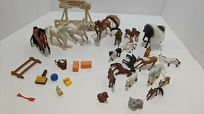 Four (4) Grand Champions 1997 GC Mini Toy Horse Lot Accessories & Extra Minis