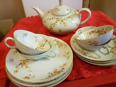 Antique/Vintage Parzellan  Teaset With Teapot And Bread Plates.