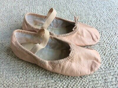 Girls Pink Leather Bloch Ballet Dance Shoes With Elastics - Womens Size 2C, Used