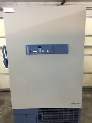 Thermo Scientific REVCO Plus Upright Freezer ULT2586-4-A48 / 115 V 16 A