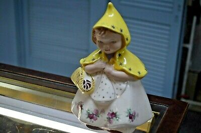 Vintage Hull USA  # 967 little red Riding Hood Cookie Jar with  yellow jacket