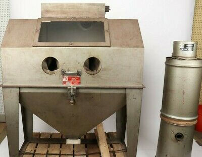 Trinco Sand Blast Cabinet 48x24SL/BP With Dust Collector