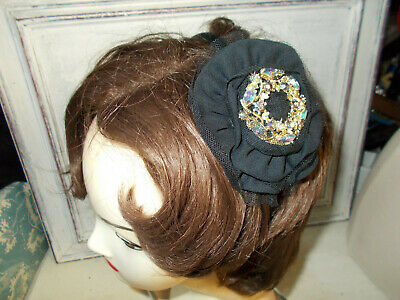 Hand made vintage style black jewelled cocktail hat fascinator new without tags