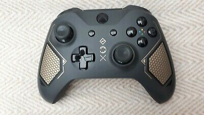 Official Microsoft xbox one controller  - Limited Edition Recon Tech