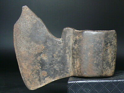 (cN560) very Old, Medieval or Viking fighting ax. HAND FORGED, Made of iron