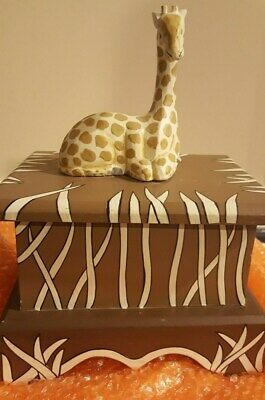 """1 Giraffe Wooden Wood Carved Figurine Sculpture on Painted Wooden Box  10"""" Tall"""