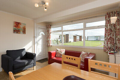 22 August family self catering summer holiday let Great Yarmouth Norfolk Broads