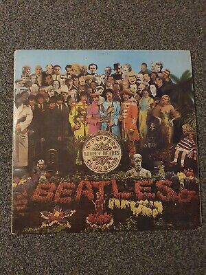 Vintage Vinyl LP Record *The Beatles Sgt Peppers Lonely Hearts Club Band 1967*