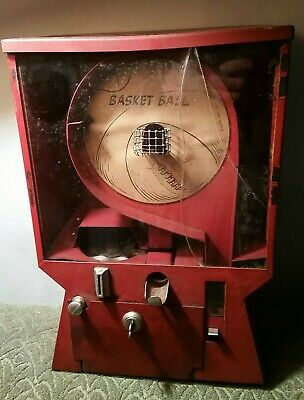 ANTIQUE PENNY GUMBALL BASKETBALL SKILL GAME MACHINE 1940-50's
