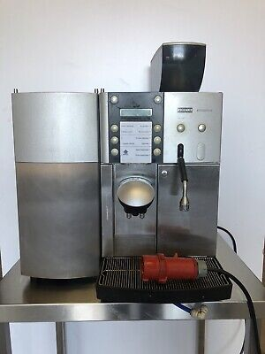 Franke Evolution Commercial Coffee Machine with Fridge. Bean-to-Cup. Fresh Beans