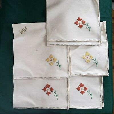 Vintage Italian Linen Hand Embroidered with Eyelet Edging. Set of 5