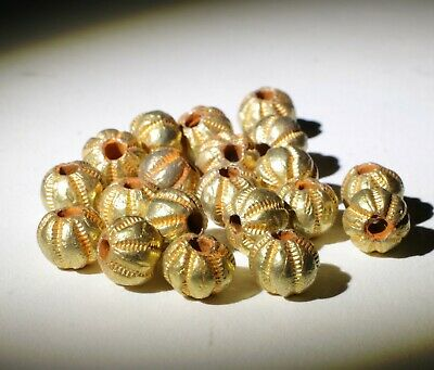 20 X Post Medieval Gold Beads - 01897