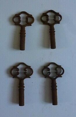 4 x Ornate Antique Keys Rusty