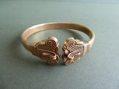 BEAUTIFUL Replica ANCIENT EGYPTIAN Ptolemaic LOTUS LEAF BANGLE- Gold on PEWTER