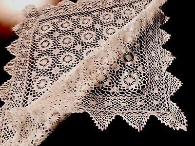 VINTAGE HAND CROCHET White Cotton Table Cloth 31X31 INCHES