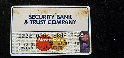 Security Bank and Trust MasterCard credit card exp 1985♡Free Shipping♡cc668