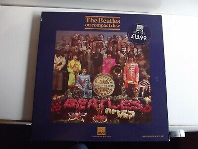 THE BEATLES HMV 1987 BOX SET.SGT PEPPER.No 010907 NO CD,BUT WITH BADGE,& BOOKLET