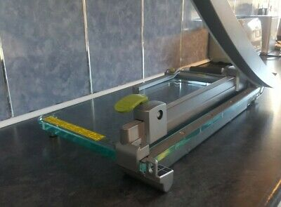 Rexel ClassicCut CL420 Guillotine A3 Laser Light Technology, 25 Sheets Used