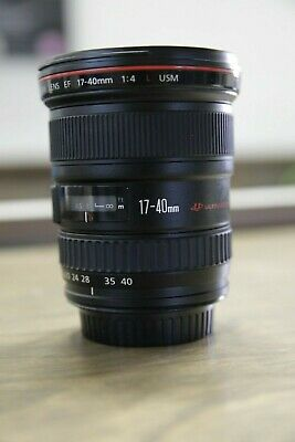 Canon EF 17-40 mm f/4 L USM Lens - Mint Condition