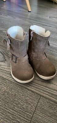 Clarks Girls Toddler suede Boots Size 5G