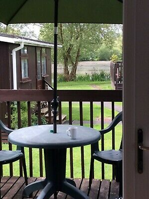 4 berth chalet for hire in Cotswolds Water Park - 3 nights from Friday 27 March