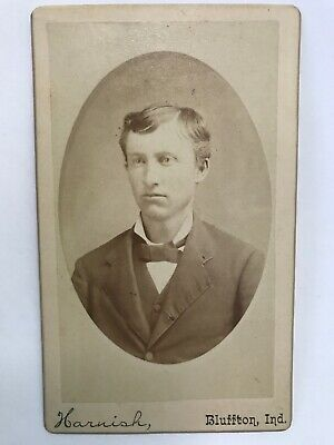 Antique Victorian Mini Cabinet Card Photo Bluffton Indiana Man 1800's Tie Suit