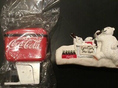 Lot of 2 Coca-Cola Magnets - Coke dispenser and Polar Bears - Look!