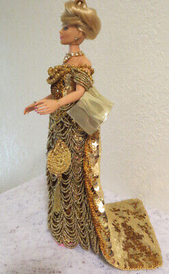 OOAK INTEGRITY DOLL in GOLD CROCHET ~ SEQUINS & BEADS + HANDBAG & LEATHER SHOES