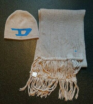 Unisex Mens or Womens Diesel beige taupe knitted beanie hat & scarf set. VGC.
