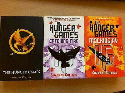 The Hunger Games Book Trilogy Series Suzanne Collins Catching Fire Mockingjay PB