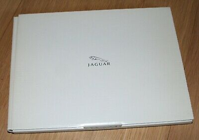 Catalogue/Brochure Jaguar New XK dossier presse pour lancement de la version R