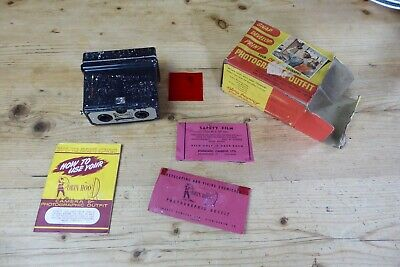 Vintage Standard Cameras Robin Hood Stereoscopic Camera, Accessories and Box