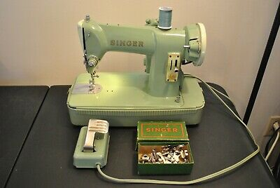 Vintage SINGER 185k Compact Heavy Duty Sewing Machine Denim Upholstery Leather