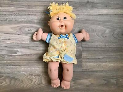 2004 Cabbage Patch Kids Curly Girl Doll W/freckles By Play Along