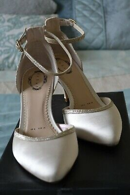 Wedding Bride / Bridesmaid  Occasion Shoes Cream / Ivory Satin Size 6