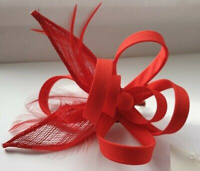 Beautiful RED feather & looped design facinator wedding/071