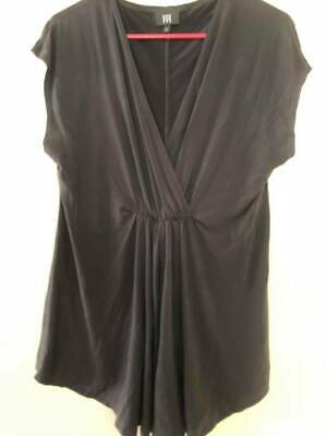 EGG Maternity Top Size 2 like 16-18 Great for feeding too