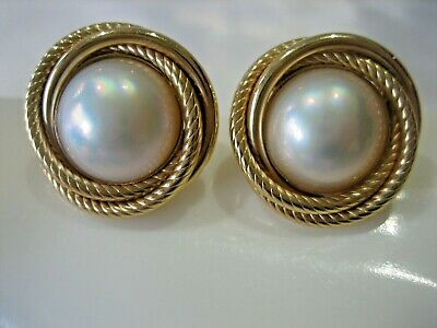 Stunning Estate 14K Yellow Gold Mabe Pearl Stud Earrings