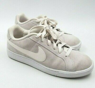 Nike Women's Light Gray with White Suede Sneakers Athletic Shoes US 8