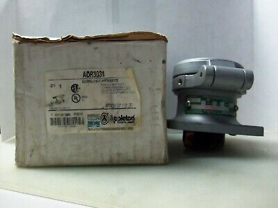 New Appleton Adr3034 3 Wire 4 Pole 30 Amp Style-2 Pin & Sleeve Receptacle Nib