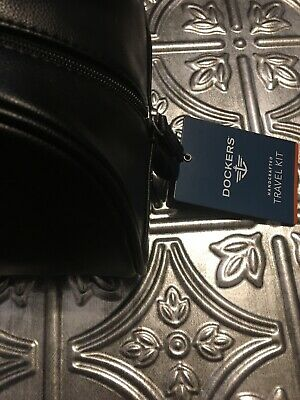 Dockers Hand Crafted Travel Kit Dark Brown MSRP $50