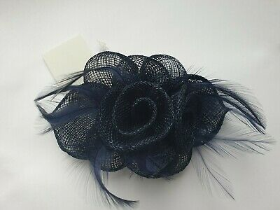 Beautiful Navy Blue feather & flower Sinamay design facinator wedding 038