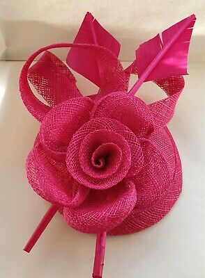 Beautiful Fuchsia pink feather & flower design facinator wedding