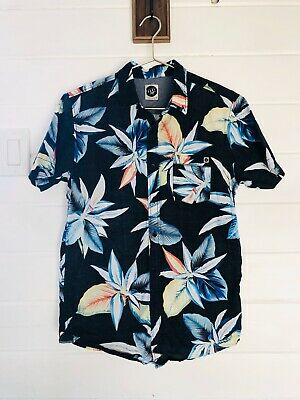 Rip Curl Surf Craft Button Up Shirt Hawaiian Tropical Sz Small Black Multicolor