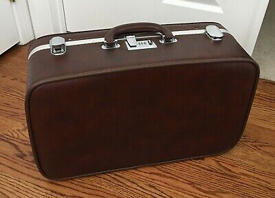 Vintage Ventura Textured Brown Hard Sided Travel Over Night Suitcase