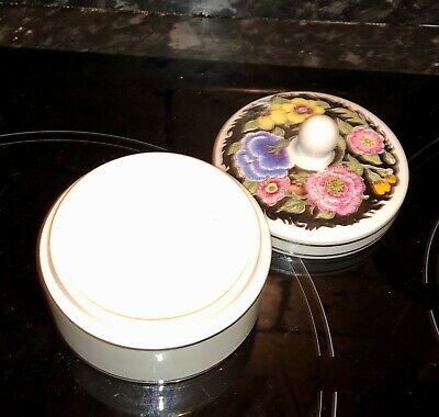 Wedgewood Susie Cooper design floral lustre powder trinket box bone china