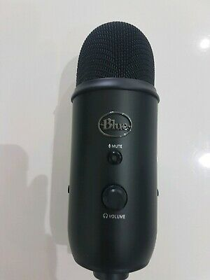 BLUE Yeti USB Microphone from a Yeticaster
